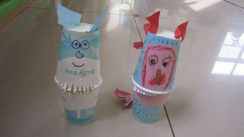 大嘴动物牙齿儿童画