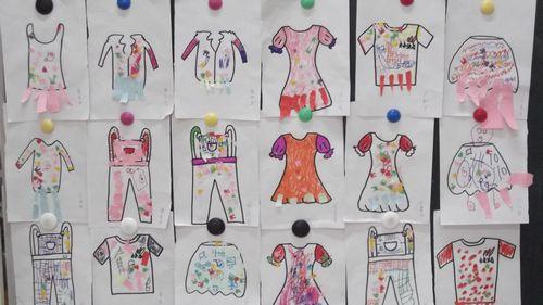 五彩缤纷的服装图案设计大赛图片