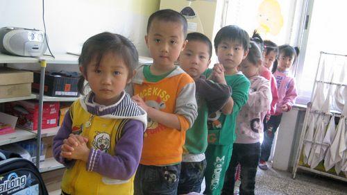 幼兒就餐禮儀教育成為幼兒禮儀教育中一個不可缺少的重要部分,這也