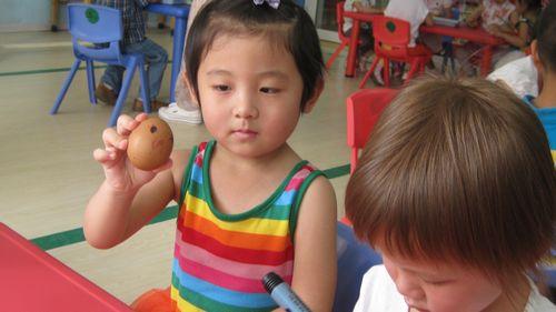 可爱的蛋壳画 - 未来强者婴幼儿智力开发园