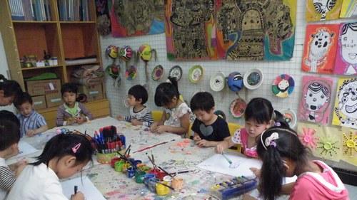 当幼儿园变成一间大的蒙台梭利教室……(金城园)