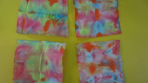 纸巾印染画 - 未来强者婴幼儿智力开发园