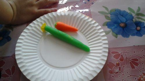 橡皮泥来捏一捏爱吃的蔬菜和水果