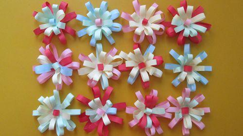 简单彩纸手工制作花朵