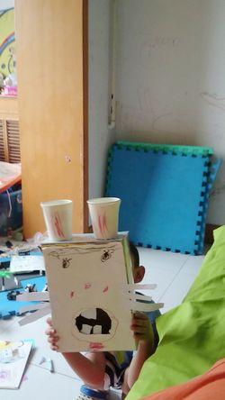 我们班的小朋友对此有很大的研究,并且还自己动手制作了动物的牙齿及