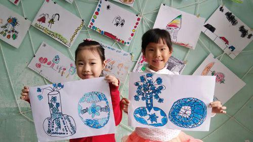 幼儿绘画青花瓷 - 未来强者婴幼儿智力开发园