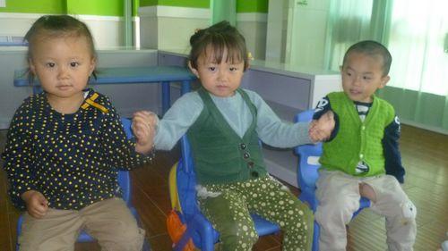 幼儿正确拿筷子的步骤图