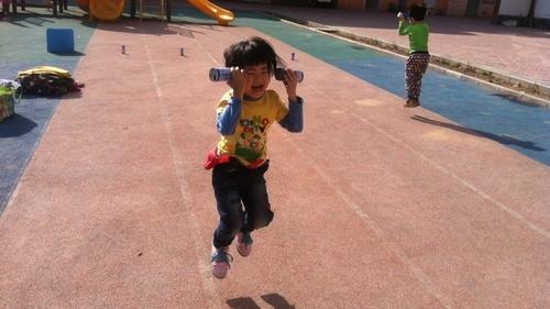 蹦蹦跳跳真可爱 - 未来强者婴幼儿智力开发园
