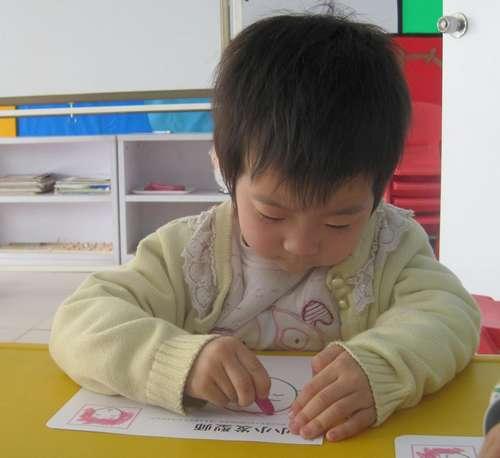 小小发型师 - 未来强者婴幼儿智力开发园